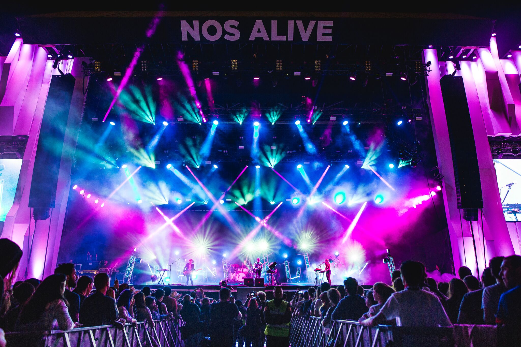 M83 aus dem Nos Alive! Festival 2016
