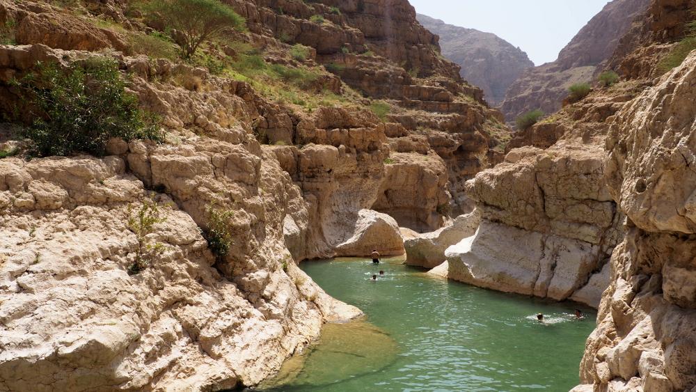 Natürliche Pools im Wadi Shab im Oman