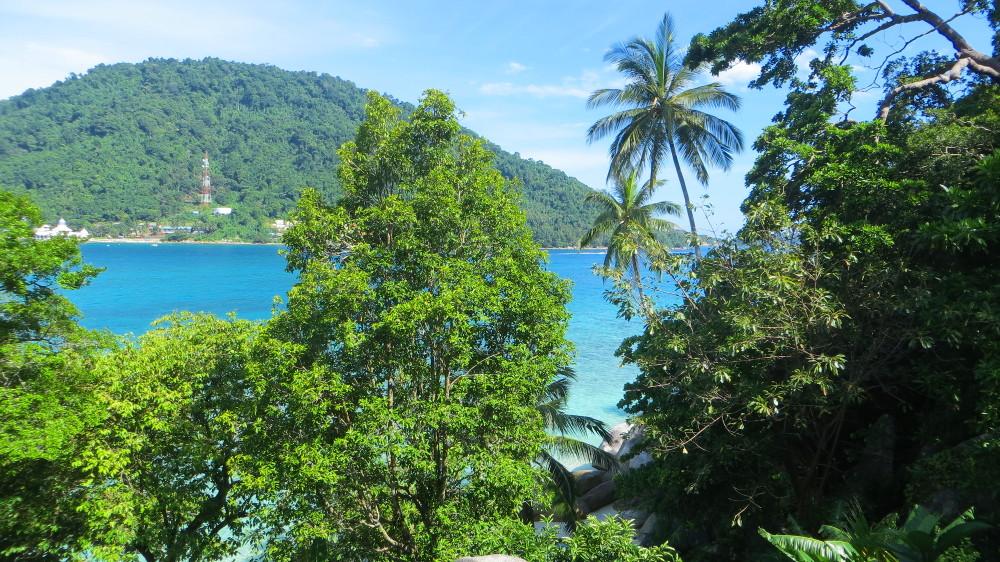Blick vom Zimmer-Balkon in den Cozy Chalets auf den Perhentian Islands