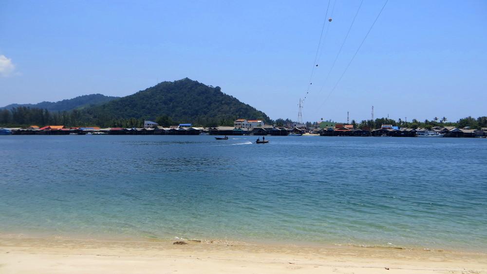 Blick auf Sala Dan von Lanta Noi