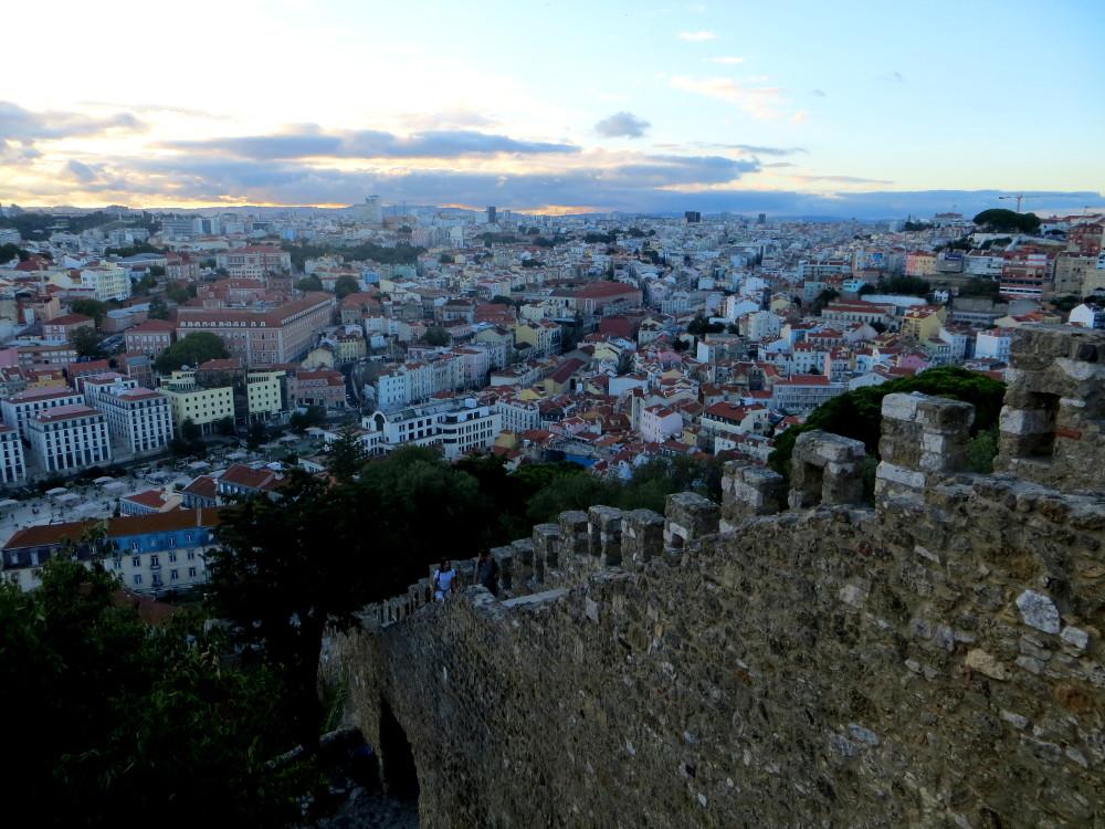Blick vom Castelo de Sao Jorge auf Lissabon