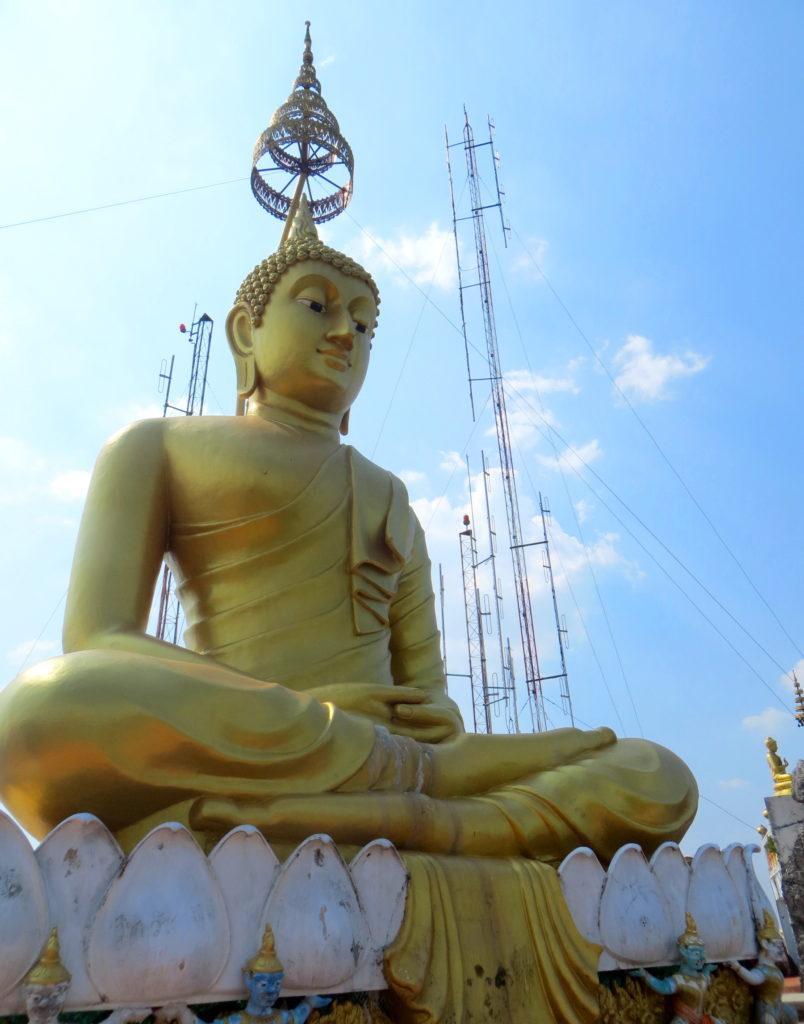 Buddha-Statue im Tiger Cave Tempel in Krabi