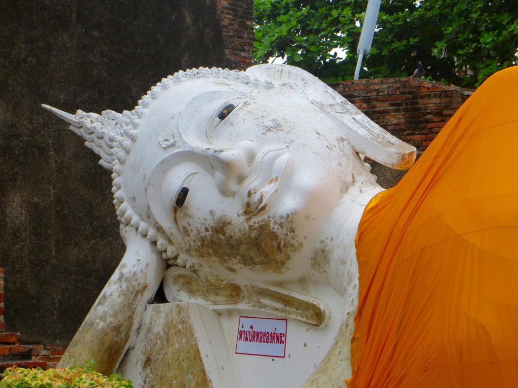 Buddhastatue im Wat Chai Mongkon in Ayutthaya