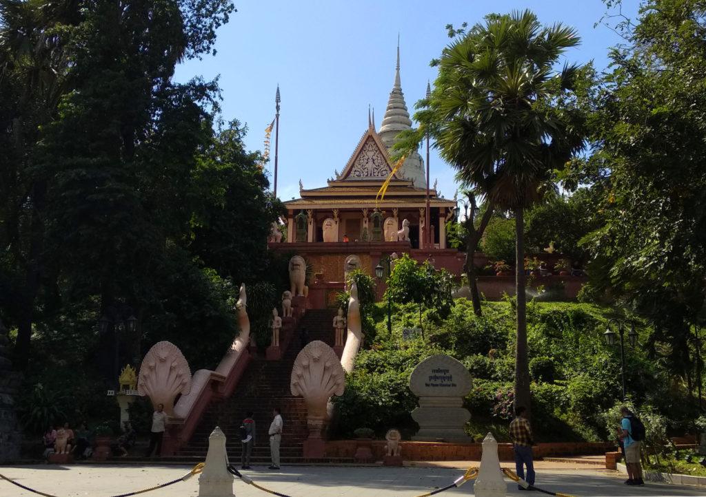 Blick auf den Wat Phnom