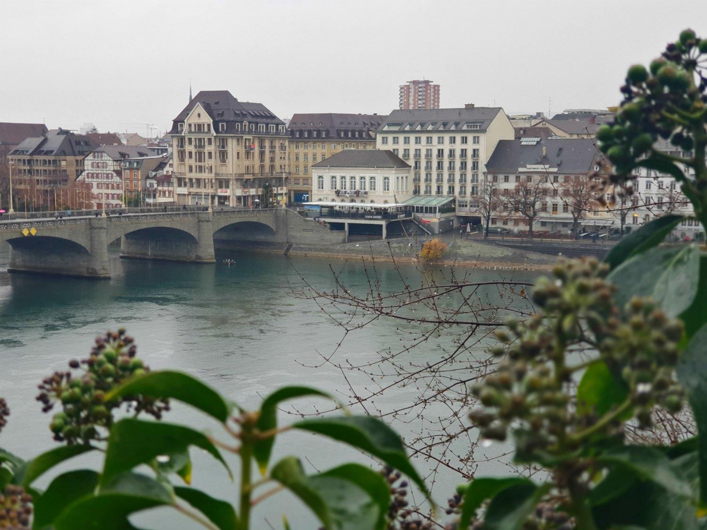 Blick auf den Rhein in Basel