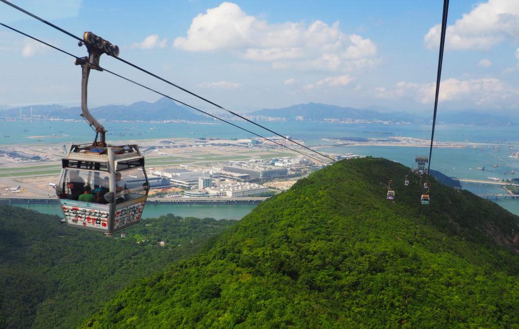 Ngong Ping 360 ang Hong Kong Airport