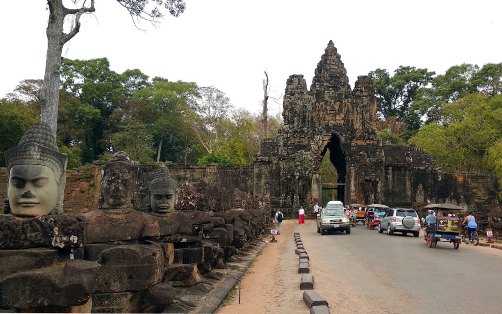 Angkor-Thom-Brücke-am-Eingang