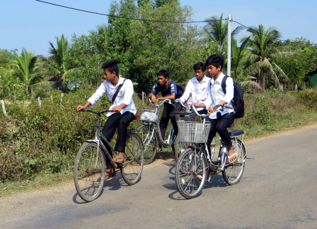 Schulkinder in Kambodscha