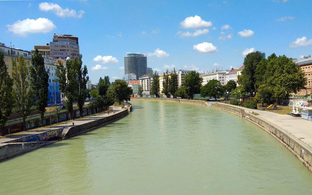 Blick auf den Donaukanal