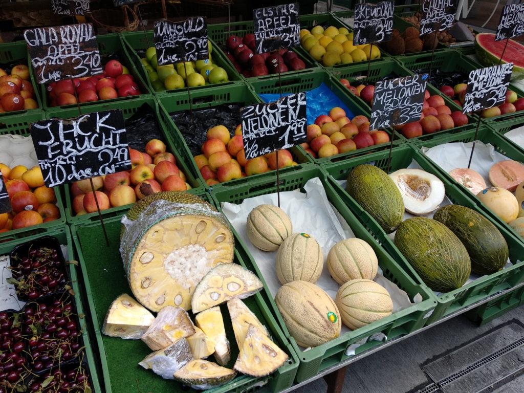 Obststand auf den Wiener Naschmarkt
