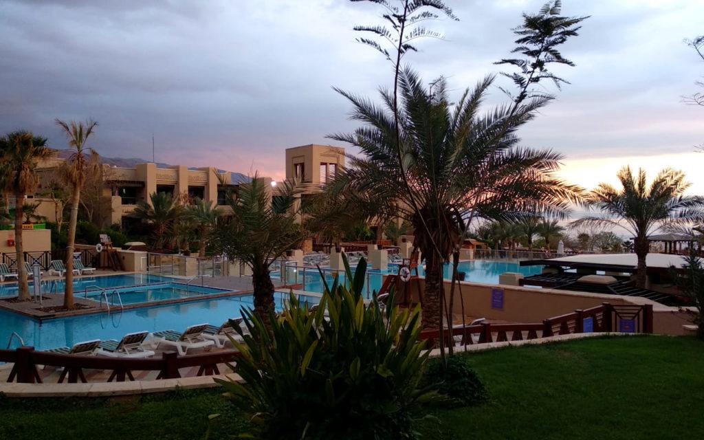 Pool am Holiday Inn Dead Sea Resort